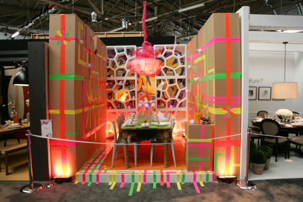 Jesgordon table design for DIFFA Dining by design at the 2011 New York Architectural Digest Magazine Home Design Show