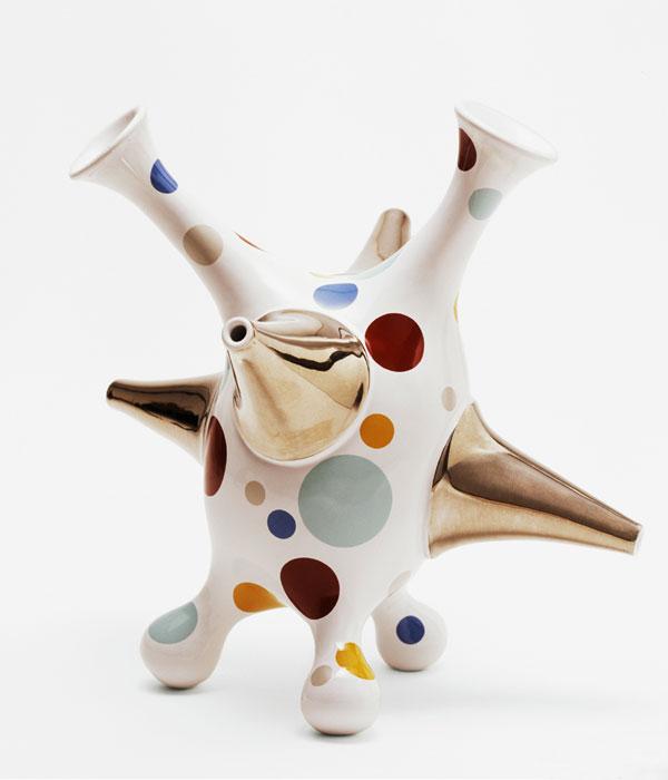 Modern abstract ceramic art sculpture by Danish Artist Michael Geertsen.