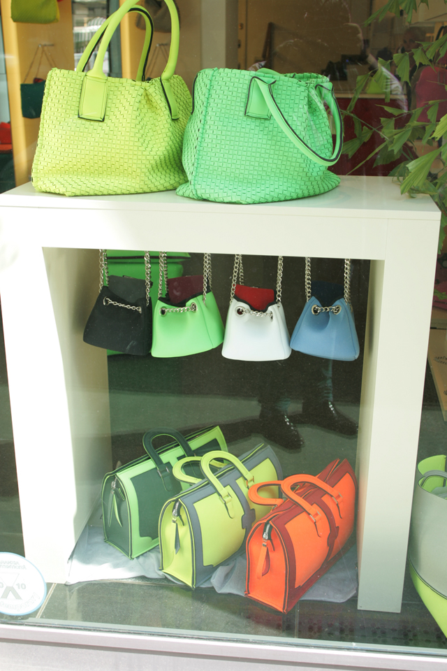 Italin women's leather bags in neon colors.